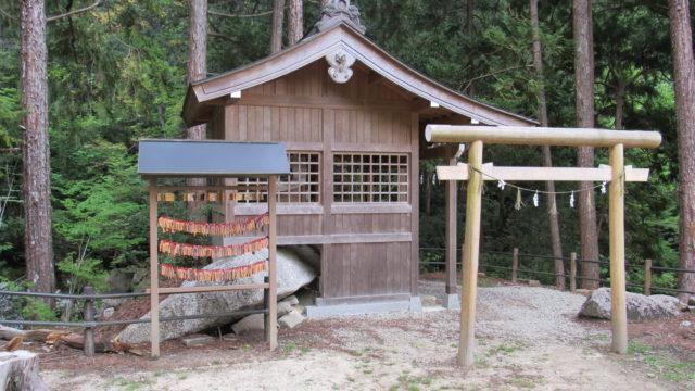 龍神神社と絵馬