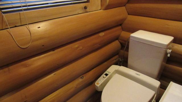 ロッジ内トイレ
